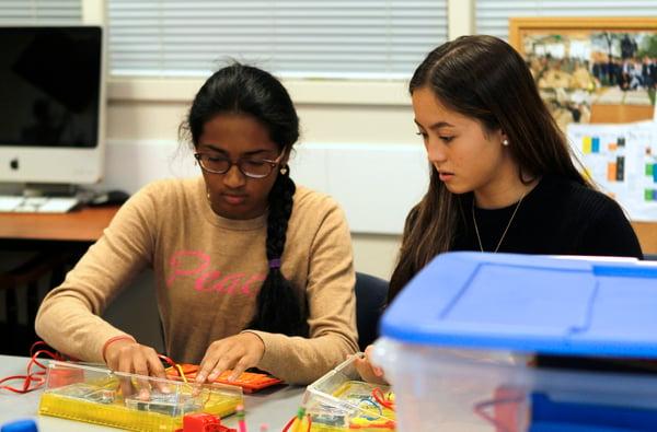 upper-school-computer-science-students